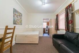 1 bedroom flat in Stannington Grove, Heaton, NE6