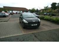 Peugeot 3008 1.6hdi auto, 2010// 6 months gold warranty covering the car //