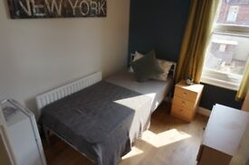 Lovely Single Room with fridge - Move Sept and Pay Only £50 for 1st Months Rent - No deposit option