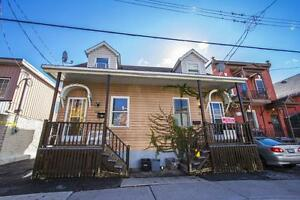 *Affordable Bachelor in the Heart of Downtown Ottawa!