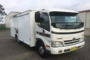 Hino 616 Auto Service truck Heatherbrae Port Stephens Area Preview
