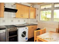 4 bedroom flat in Massingham Street, London, E1
