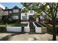 4 bedroom house in Glennie Road, Streatham