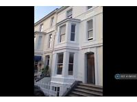 2 bedroom flat in Citadel Road East, Plymouth, PL1 (2 bed)