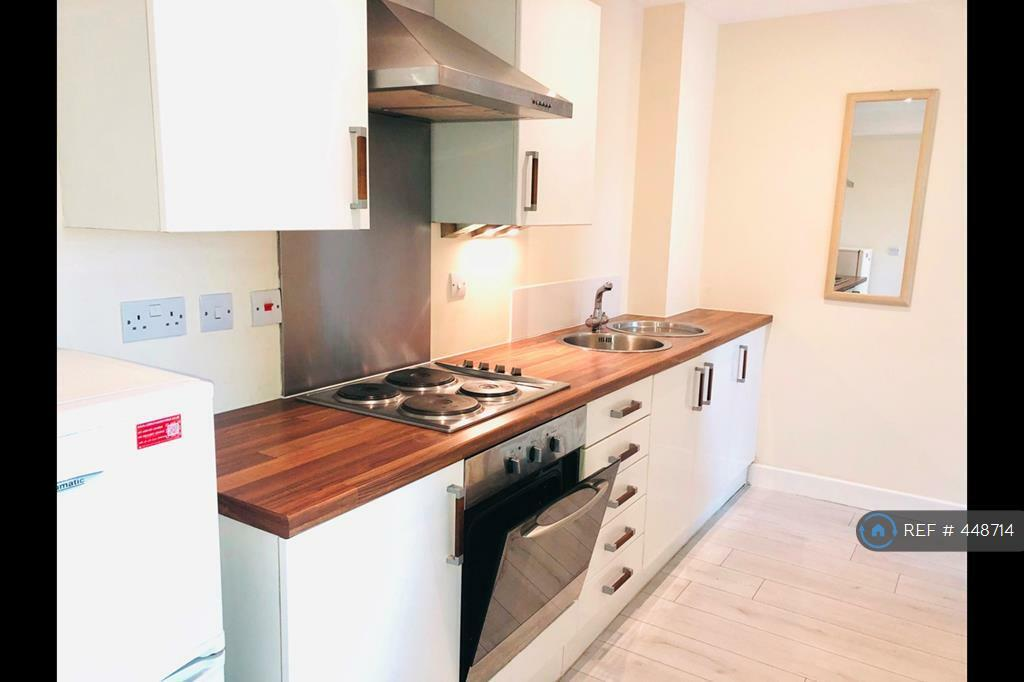 Astonishing 2 Bedroom Flat In Rockingham Street Sheffield S1 2 Bed In Sheffield South Yorkshire Gumtree Download Free Architecture Designs Embacsunscenecom