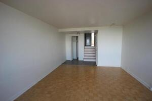 Spacious 3.5 available Immediately - DOWNTOWN - GUY - ATWATER