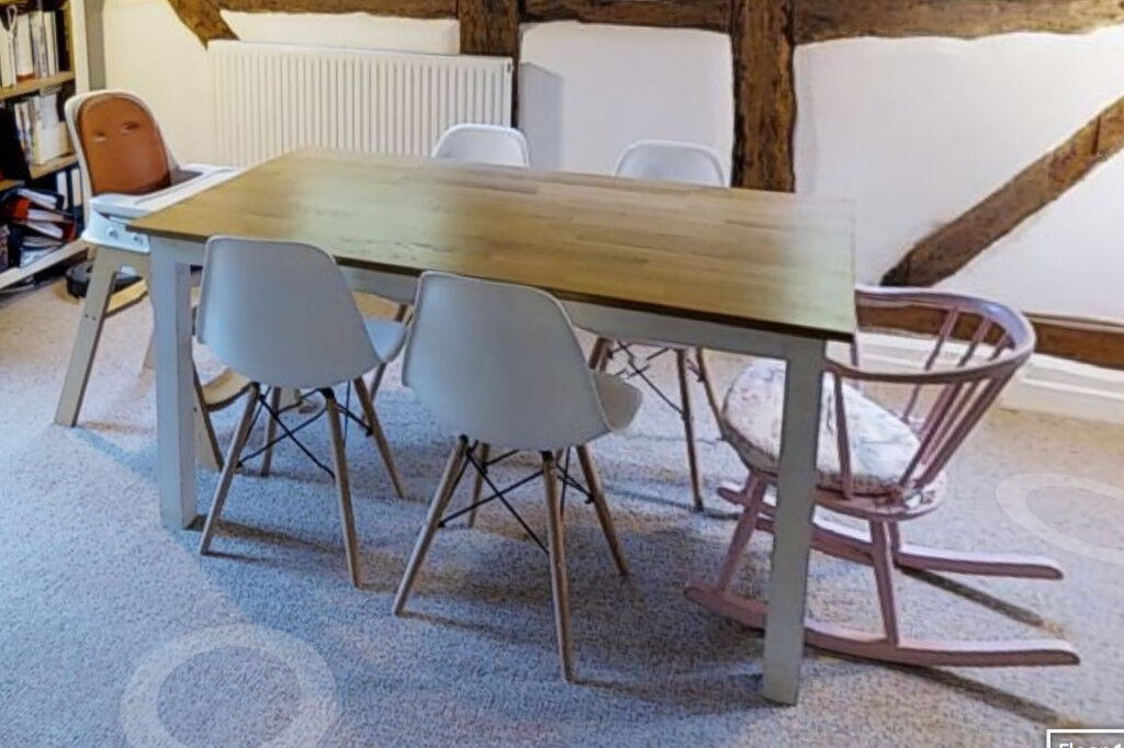 Amazing Solid Oak Dining Table With White Legs Seats 6 Shabby Chic In Worcester Worcestershire Gumtree Beutiful Home Inspiration Xortanetmahrainfo