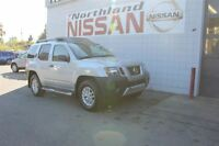 2014 Nissan Xterra S/ 4X4/ Running Boards