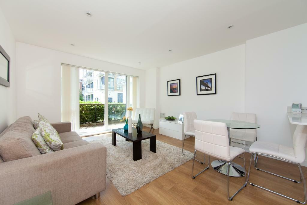 2 bedroom flat in Caspian Wharf, Sargasso Court, Bow E3