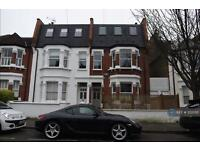 3 bedroom flat in Queenmsill Road, London, SW6 (3 bed)
