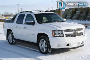 2010 Chevrolet Avalanche 1500 LTZ, 4X4, HEATED AND COOLED LEATHE