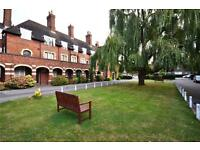 2 bedroom flat in Meadway Court, Meadway, London, NW11