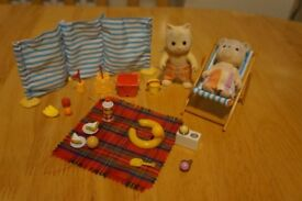 Sylvanian Families Day At The Seaside Beach Picnic Set
