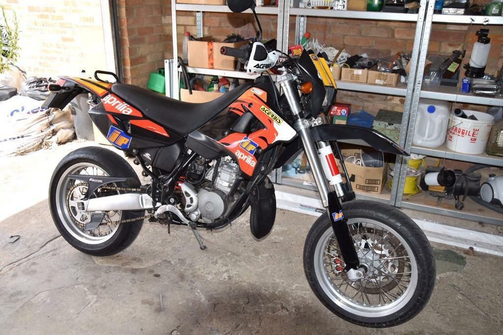 aprilia mx 125 supermoto not rs 125 dt 125 sx 125 ktm honda in broxbourne hertfordshire gumtree. Black Bedroom Furniture Sets. Home Design Ideas