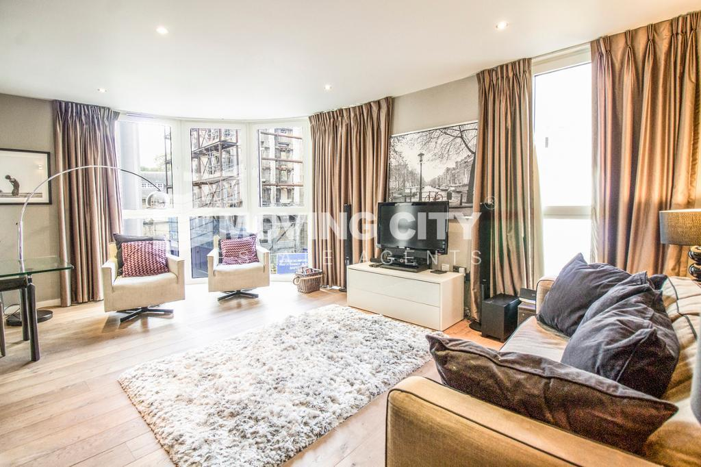 2 bedroom flat in Palace Place, Victoria