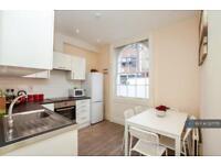 4 bedroom house in Pratt Street, London, NW1 (4 bed)
