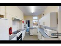 6 bedroom house in Walton Road, Sheffield, S11 (6 bed) (#1020846)