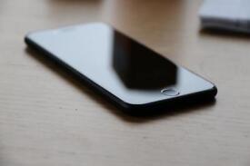 Unlocked iPhone 7 32GB very good condition