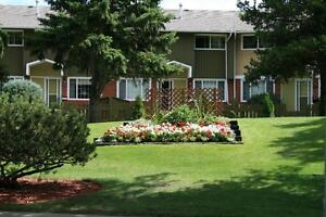2 & 3 Bedroom Townhomes in Beautiful Townhome Community