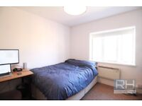 *** 3 BED FLAT TO RENT ON FAIRFIELD GARDENS IN CROUCH END, LONDON, N8 - EXCELLENT LOCATION!! ***