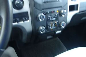 2014 Ford F-150 XLT Hard to find Long Box Peterborough Peterborough Area image 10