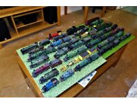Model railway train OO/HO set, collectable engines, coaches, wagons etc.