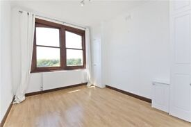 Large 1 bedroom apartment to rent with stunning views over Hampstead Heath! £395 pw
