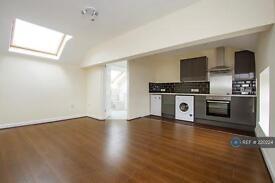 Studio flat in Hanover Street, Newcastle Under-Lyme, ST5