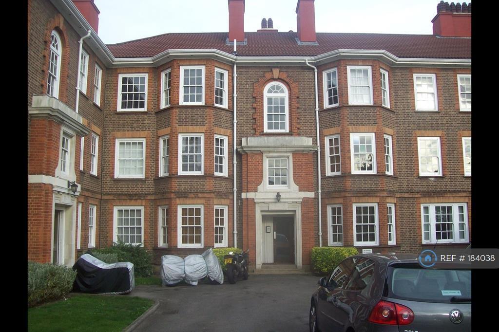 2 bedroom flat in Perryn House, London, W3 (2 bed)