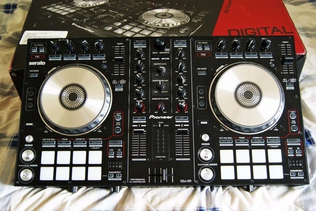 PIONEER DDJ SR Controller with Serato licence also can use with Traktor,  Rekordbox or Virtual DJ | in Bicester, Oxfordshire | Gumtree