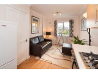 2 Double Bed Flat open plan living