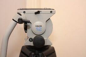 vinten vision 12SD 100mm head with vinten two stage aluminum tripod legs+ bag