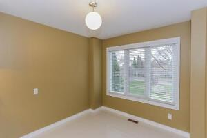 189 Homestead Cres. - 3 Bedroom Townhome for Rent London Ontario image 3
