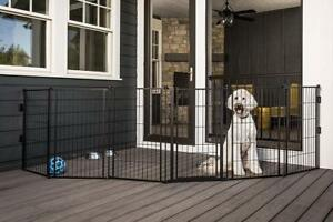 New Carlson Pet Products Weather Resistant Outdoor 144-Inch Wide Gate and Pen, 36-Inch Tall, PICKUP ONLY - DI2