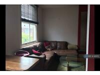 2 bedroom flat in Jeffreys Road, London, SW4 (2 bed)
