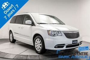 2016 Chrysler Town & Country Touring **PROMO**