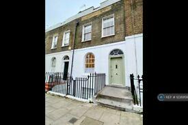 2 bedroom flat in College Cross, London, N1 (2 bed) (#1238958)