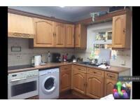 3 bedroom flat in Blenheim Avenue, Ilford, IG2 (3 bed)