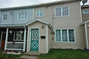 77 Campbell Ave Fully Furnished Townhouse  3 Bed with 1 Bath