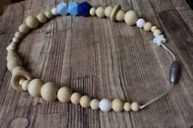 Teething-nursing necklace