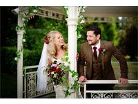 Award Winning Wedding Photographer | Hampshire, Berkshire, Oxfordshire, Surrey