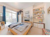 A Beautiful 2 x Bedroom Garden Flat 2 minutes from Willesden Green Station
