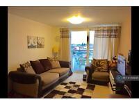 2 bedroom flat in Prince Regent Road, Hounslow , TW3 (2 bed)