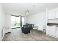 2 BED 2 BATH - Waterside Heights E16 PONTOON DOCK ROYAL VICTORIA DOCKLANDS CITY AIRPORT BECKTON