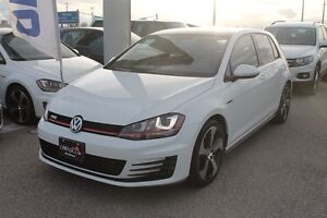 2015 Volkswagen Golf GTI 5-Door Autobahn w/ Technology Package!!