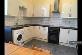4 bedroom flat in Mitcham Road, London, SW17 (4 bed)