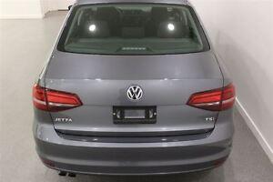 2016 Volkswagen Jetta Trendline Auto Back-up Cam Heated Seats Regina Regina Area image 17