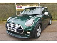 Mini Hatchback 1.5 Cooper 3DR (british racing green with a white roof) 2015