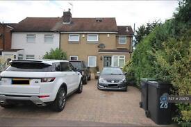 3 bedroom house in Denny Avenue, Essex, EN9 (3 bed)
