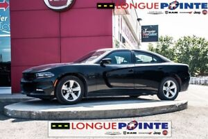 2016 Dodge Charger SXT Bluetooth, Heated Seats, Alloy Wheels